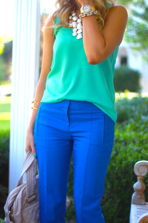 Colbalt blue pants, green top and white necklace....I. AM. IN. LOVE!!!