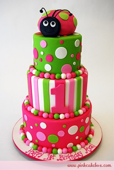 This ladybug is smiling in her hot pink shell with lime green polka dots. The cake flavors included chocolate cake with strawberry buttercream, vanilla cake with chocolate buttercream and red velvet with vanilla buttercream.
