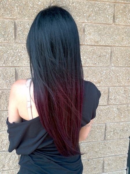 I kind of wish my hair was naturally black so I could do something like this!