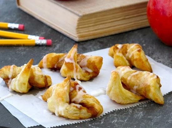 Puff Pastry Cinnamon Roll-ups by jennysteffens: Great for an easy breakfast.#Cinnamon_Roll_Ups #jennysteffens