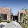 Brick Comeback: A Revived Manse in Melbourne