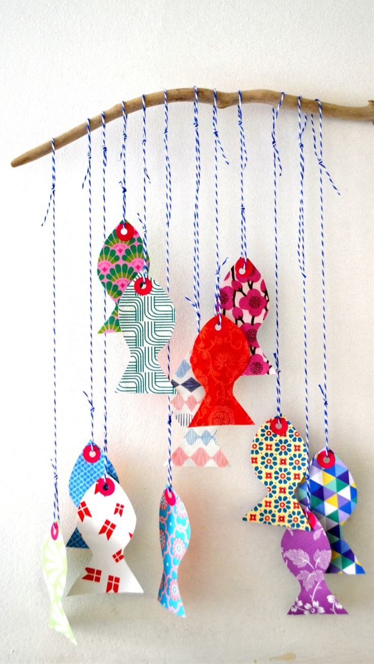 paper fish, I can make this for the babyroom, attach it to the wall with maskingtape, easy and cheap decoration!