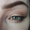 I used Anastasia Beverly Hills Dipbrow Pomade in Medium Brown...