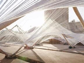 "Barkow Leibinger chose ""strong and elastic"" cotton for tensile installation in Marrakech"