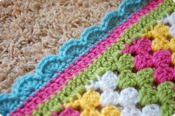 loving this edge for my blanket - from Crocheting and Knitting the Day Away blog