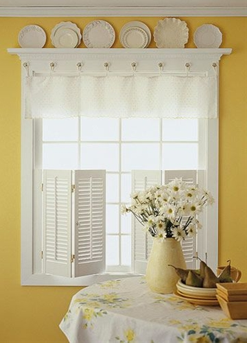 Dress your windows in easy, casual style with these do-it-yourself window treatments.