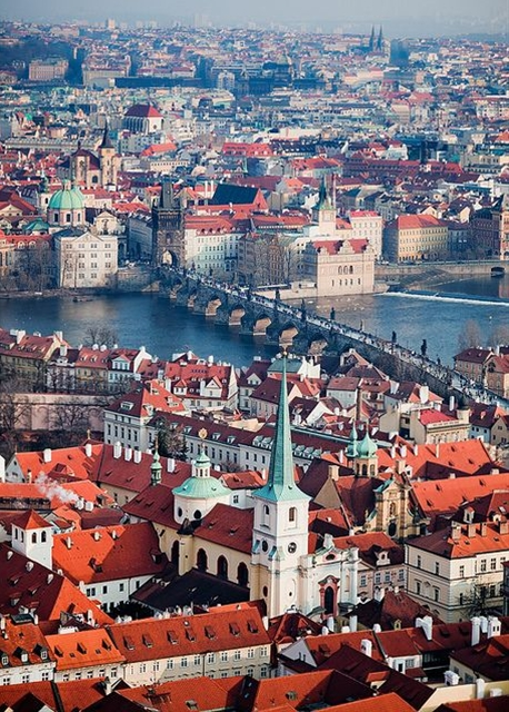 """The Charles Bridge connects the """"red roofs"""" of the Lesser Old Town to the rest of the capital city"""