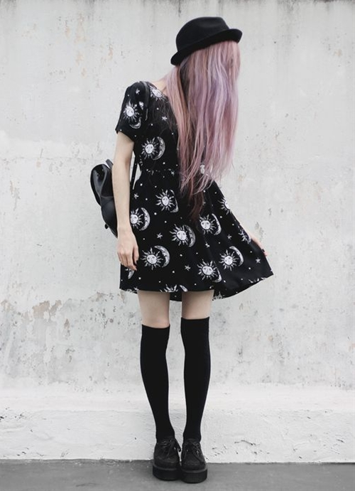 However, pastel goth is a real thing and it's a truly beautiful style to embrace. Many people might be attracted to aspects of goth culture, such as the focus on alternative lifestyles and a fascination with the darker elements of our world. For people who are attracted to gothic culture but don't want to dress in only black, pastel goth can be a wonderful choice.