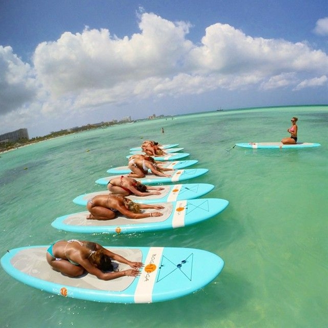 Yoga Class On The Water #fitspiration #fitness Wow that looks like so much fun but I'm sure I would fall off...lol