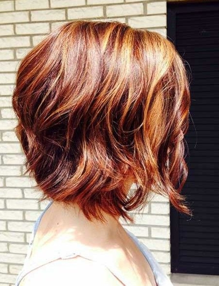 Short wavy hairstyles are quite charming since waves can create much volume and texture. When you choose the short curly hairstyles, you'd better consider your face shape and the type of curls you own.