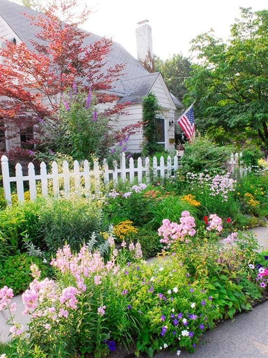 Planting colorful bloomers is a surefire way to make your yard feel more welcoming. Use bold, bright hues to create a big impact even if you don't have a lot of space.