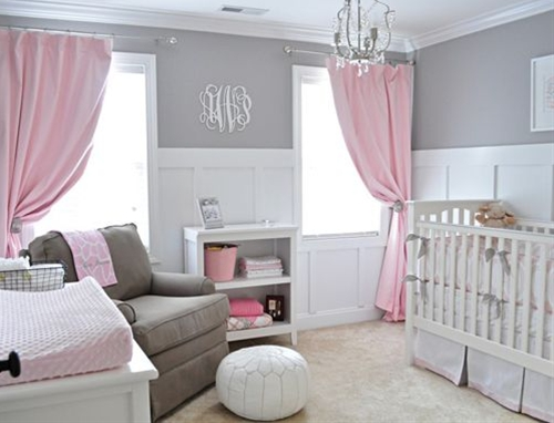 I don't think anyone will disagree that one of the latest trends in nursery design is displaying a large monogram on the wall. A southern tradition no more, monograms come in every shape and size and for all budgets too!