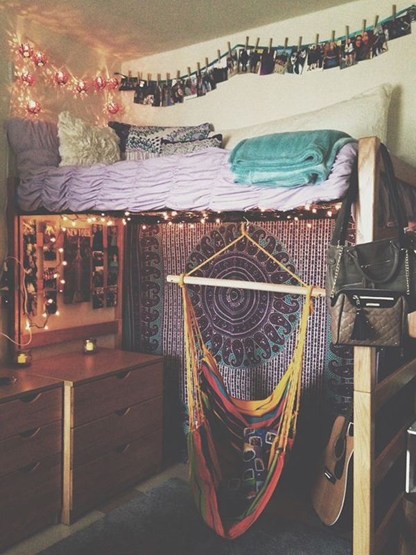 Sure, there are some private colleges and universities that offer gorgeous, spacious dorm rooms, but the majority of them don't. And if you plan on going to a state school? Forget it. State schools give out small, often cramped dorm rooms that are completely utilitarian … Read More