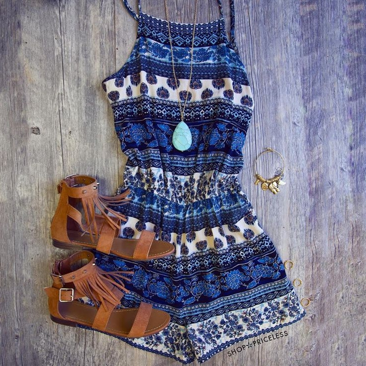 This blue romper could be dressed up for a nice BBQ or dressed down for a day at the beach!❤️