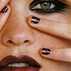 THE MESSY BLACK NAIL FOR FALL -> (YSL)Image: Flair Italia