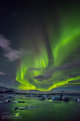 I don't care where I see the Northern Lights, I just want to see them! :)