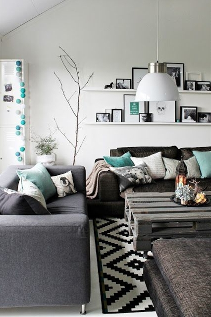 This design is gorgeous. The charcoal and teal colour combination is sublime. Don't you think?