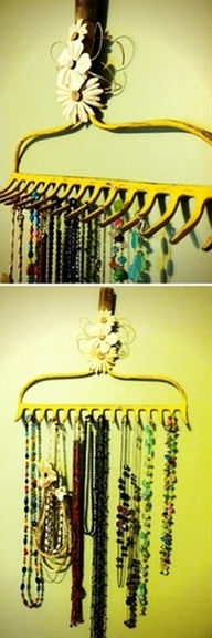 rake head jewelry holder